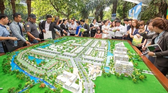 Giá nhà phố, biệt thự tại TP. HCM tăng mạnh