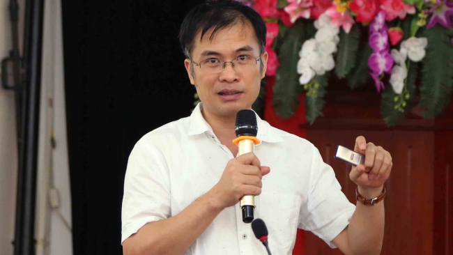 Bài toán được - mất của Việt Nam khi tìm cách đánh thuế Facebook, Google