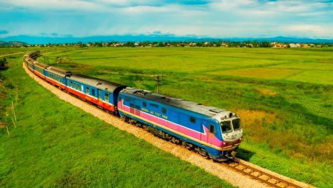 Tàu cao tốc Bắc Nam được đề xuất sử dụng công nghệ giống Nhật Bản 2