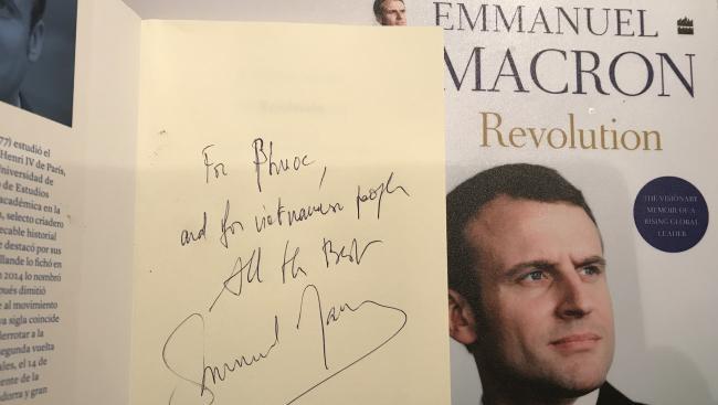 Cuốn sách 'Cách Mạng' của Tổng thống Pháp Emmanuel Macron ra mắt bản tiếng Việt