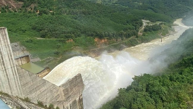 Lũ lụt miền Trung, thuỷ điện nhỏ có phải tội đồ?