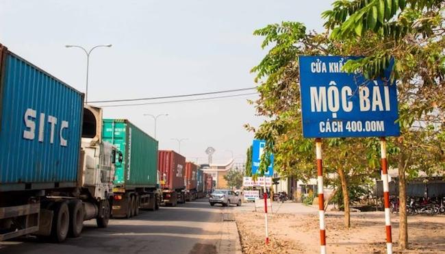 Tạm đóng cửa biên giới với Lào và Campuchia từ 1/4
