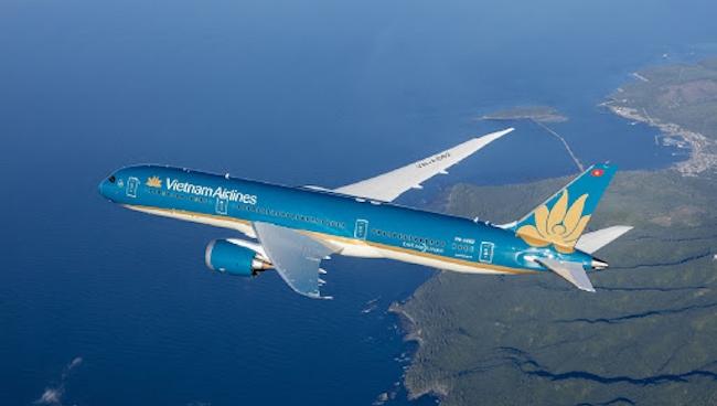 Vietnam Airlines cầu cứu và chuyện 'con đẻ', 'con ghẻ' của nền kinh tế