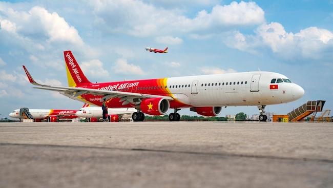 Mở lại 7 đường bay từ 10/10: Vietjet sẵn sàng đón khách trên các chuyến bay xanh, an toàn dịch