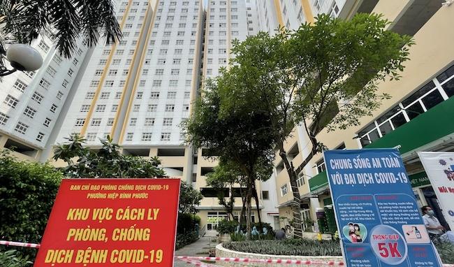 Bộ phận quản lý vận hành chung cư bị 'bỏ quên' giữa đại dịch Covid-19