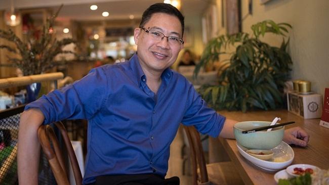"""Lý Quí Trung, người sáng lập Phở 24: Chuyện """"ăn lẫn nhau"""" khi mở chuỗi cửa hàng"""