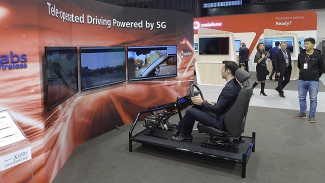 Thử nghiệm thành công điều khiển xe hơi cách 50km bằng công nghệ 5G