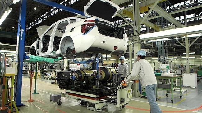 'Vòng luẩn quẩn' của ngành công nghiệp hỗ trợ ô tô Việt Nam