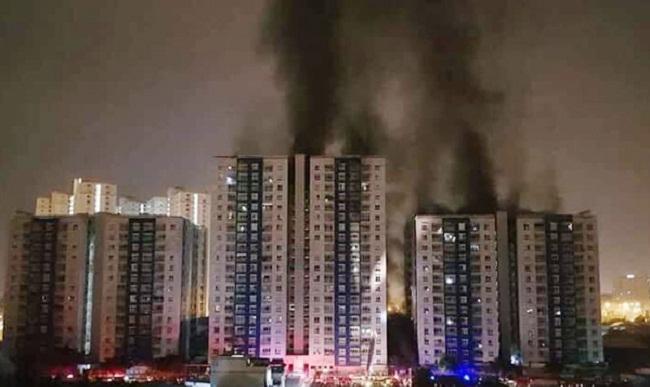 Bộ trưởng Phạm Hồng Hà yêu cầu rà soát các nhà chung cư sau vụ cháy Carina Plaza
