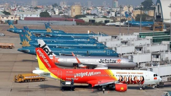 Băn khoăn bài toán mở cửa hàng không quốc tế