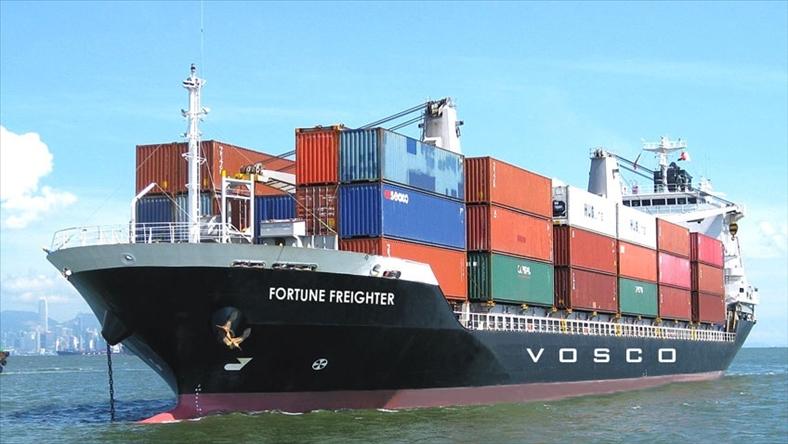 Đề xuất thu phí khí thải carbon vận tải biển toàn cầu