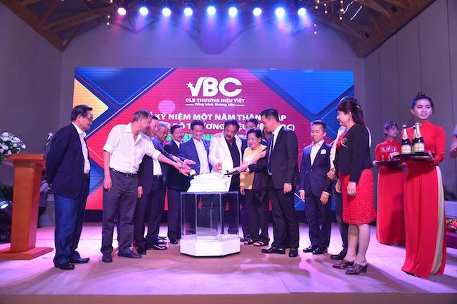 Lịch sử các thương hiệu gia tộc kinh doanh Việt Nam 1
