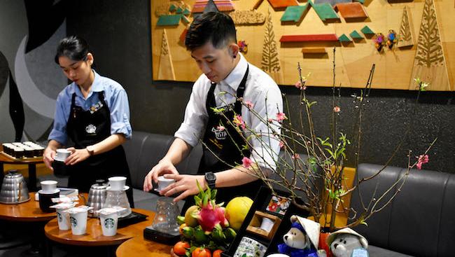 Tại sao Starbucks Việt Nam chỉ có ở 4 thành phố sau 7 năm?