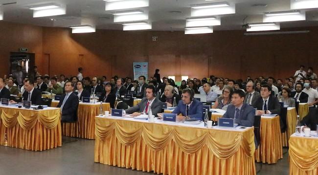 Quảng Ninh đẩy mạnh xúc tiến đầu tư vào khu công nghiệp, khu kinh tế
