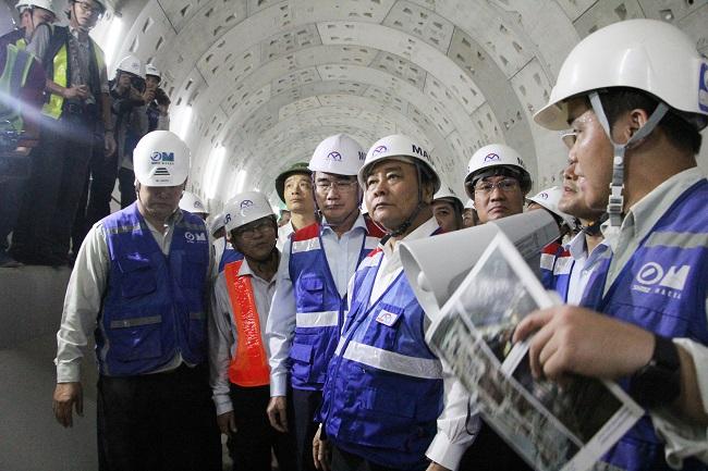 Thủ tướng thị sát tuyến metro Bến Thành – Suối Tiên 1
