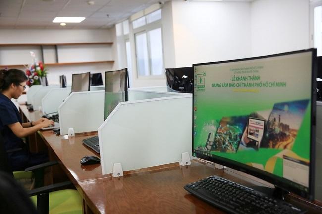 Bên trong trung tâm báo chí đầu tiên ở TP.HCM 2