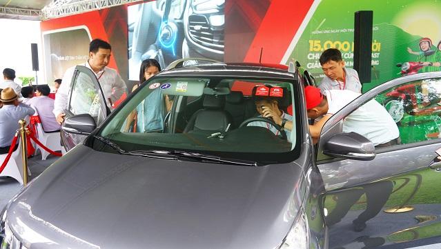 650 xe ôtô Fadil của VinFast tới tay người Việt 1