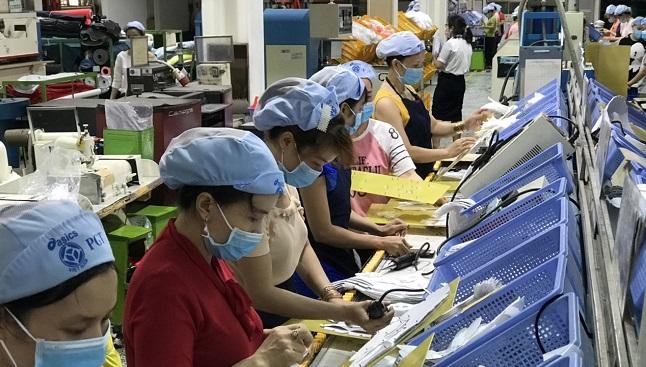 TP. HCM tạm đình chỉ công ty 70.000 công nhân trong 2 ngày