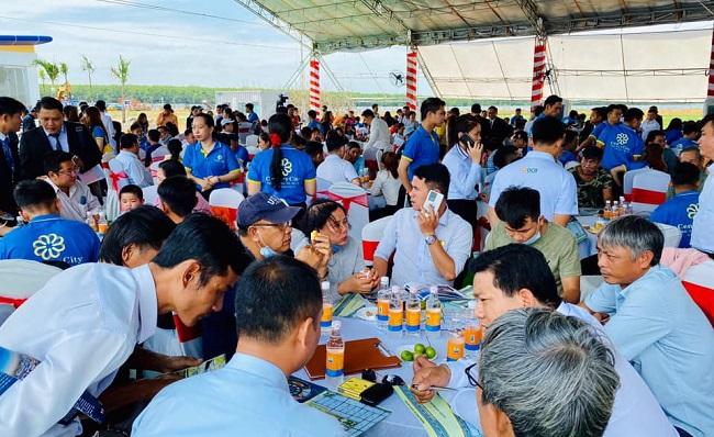 """Cuộc đua song mã giữa Kim Oanh và Đất Xanh ở """"điểm nóng"""" Long Thành 1"""