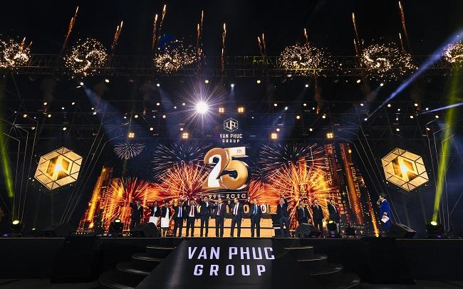 Lễ kỉ niệm: 'Van Phuc Group 25 năm - Vươn tầm cao mới'