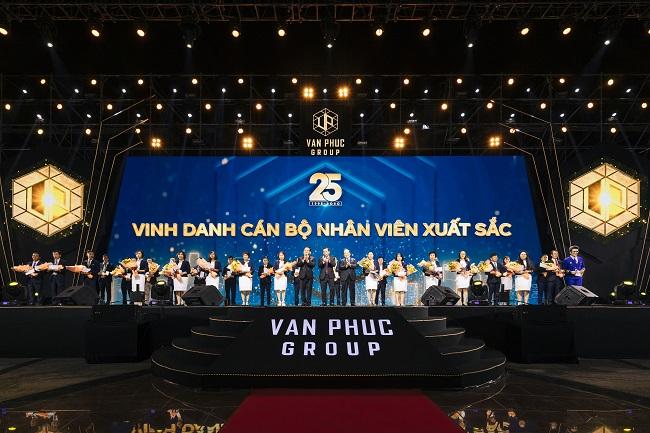 Lễ kỉ niệm: 'Van Phuc Group 25 năm - Vươn tầm cao mới' 4