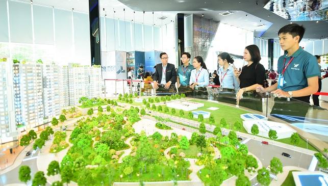 Thiếu vắng dự án 'sạch', giá căn hộ TP.HCM tiếp tục tăng