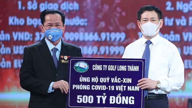 Chủ tịch Golf Long Thành ủng hộ 500 tỷ đồng vào quỹ vắc-xin