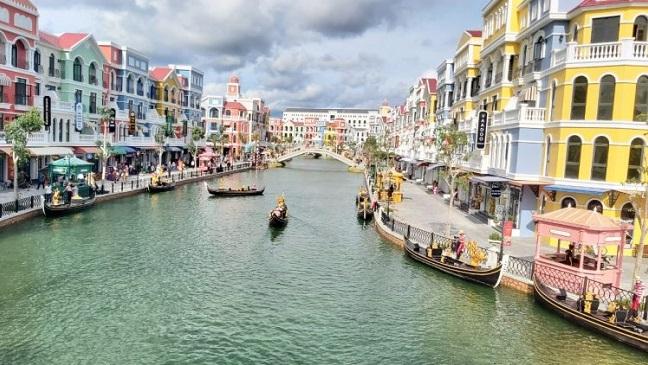 60.000 người làm du lịch, dịch vụ ở Phú Quốc được tiêm vaccine phòng covid-19