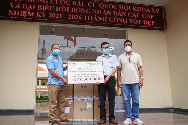Hưng Thịnh tiếp tục hỗ trợ 11 tỷ đồng cho phòng, chống dịch Covid-19 3