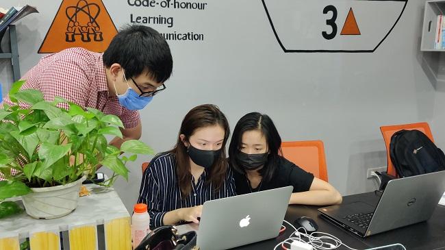 Hành trình hơn 200 giờ chống dịch tại một startup giáo dục công nghệ