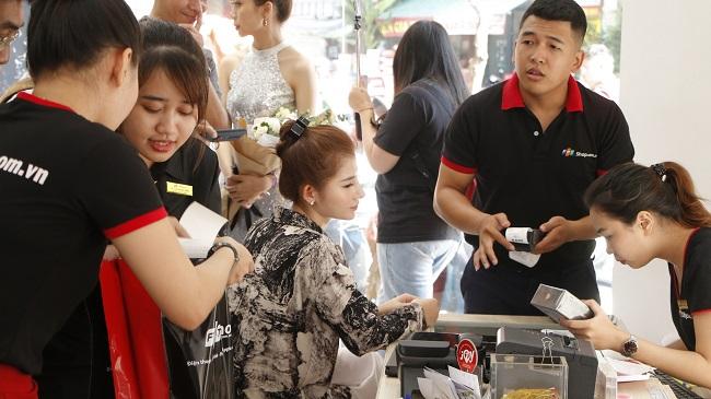 Cách mạng 5G hâm nóng thị trường điện thoại
