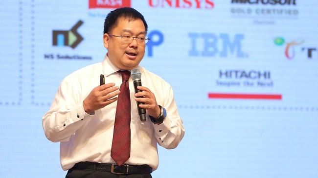 Ông Hoàng Nam Tiến giữ chức Chủ tịch HĐQT FPT Telecom