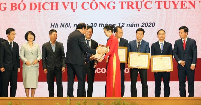 Ví MoMo nhận bằng khen từ Chính phủ