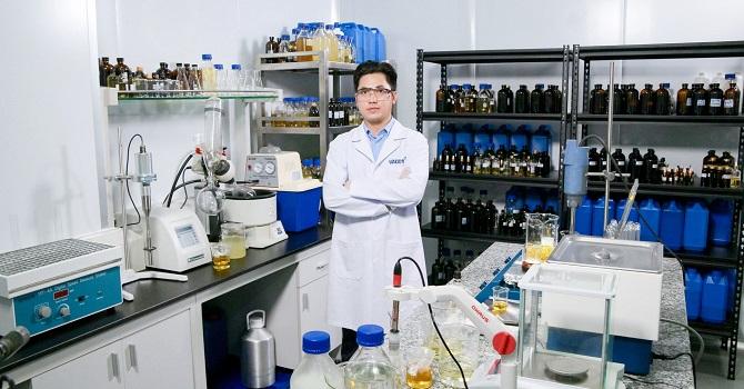 Người Việt làm khẩu trang diệt virus corona đầu tiên trên thế giới 1