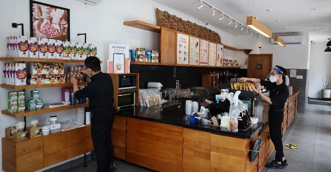 Bình thường mới ở The Coffee House 3