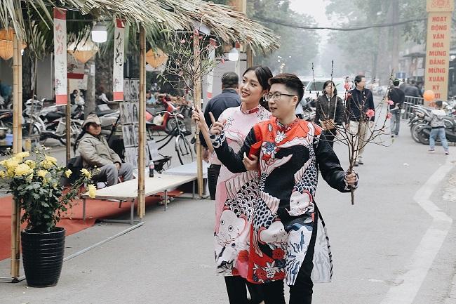 Chợ hoa phố cổ tưng bừng đón Tết Kỷ Hợi 13