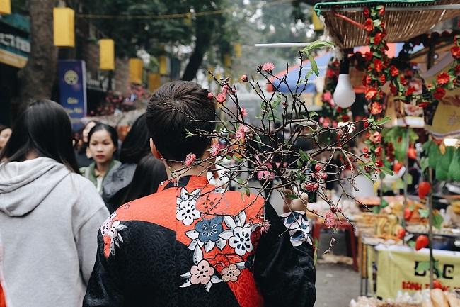 Chợ hoa phố cổ tưng bừng đón Tết Kỷ Hợi 12