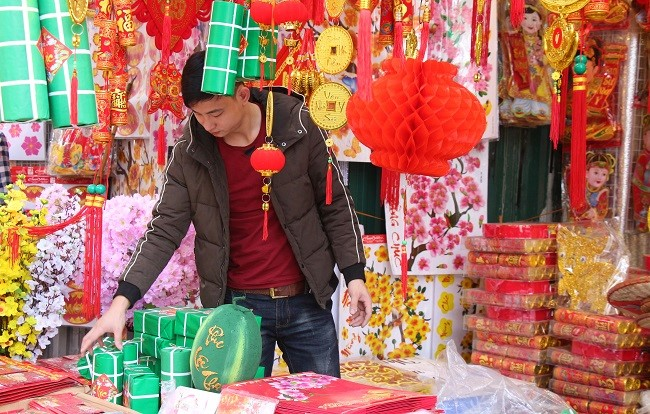 Chợ hoa phố cổ tưng bừng đón Tết Kỷ Hợi 10
