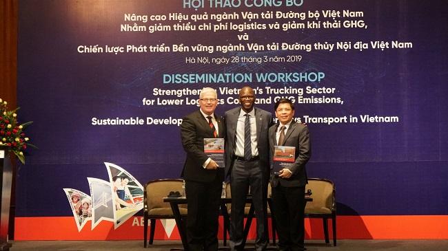 Giám đốc World Bank hiến kế cho hệ thống vận tải và logistic Việt Nam