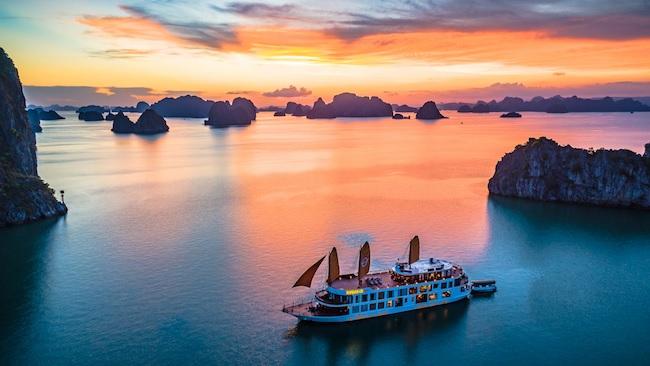 Hạ Long lọt danh sách 25 địa điểm đẹp nhất thế giới