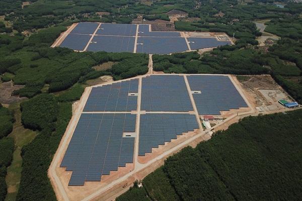 Thêm nhà máy điện mặt trời nghìn tỷ đồng đi vào hoạt động