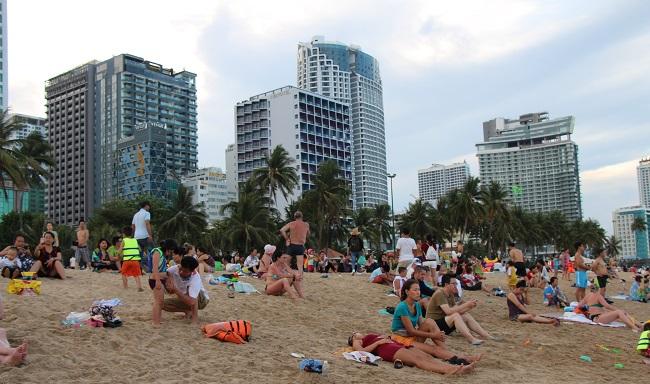 Du lịch bền vững giữa sức nóng tăng trưởng 1