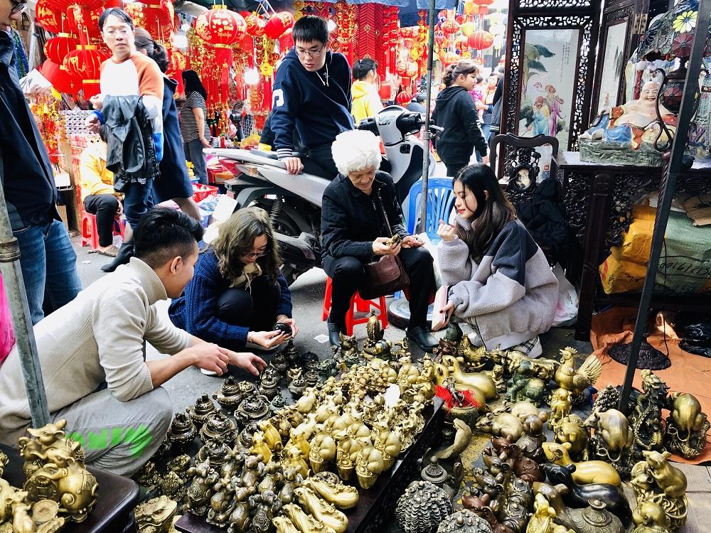 Hương sắc Tết Canh Tý nơi chợ hoa phố cổ Hà Nội 5