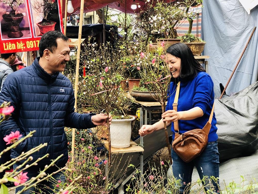Hương sắc Tết Canh Tý nơi chợ hoa phố cổ Hà Nội 4