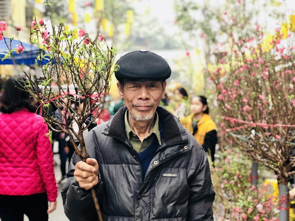 Hương sắc Tết Canh Tý nơi chợ hoa phố cổ Hà Nội 3