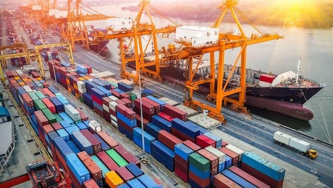 Việt Nam tăng trưởng nhanh nhất thế giới về thương mại hàng hóa