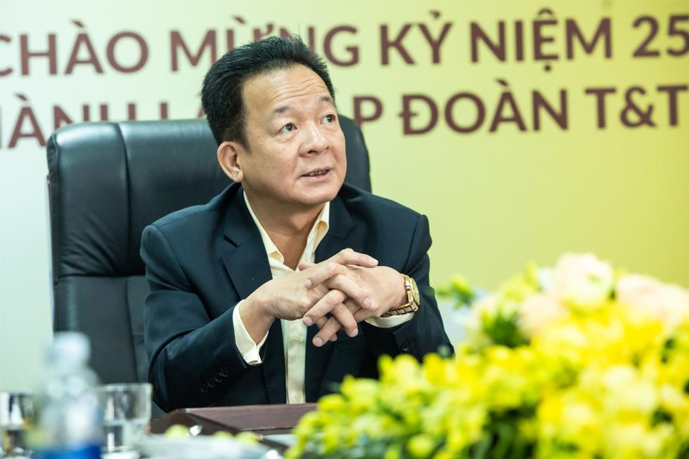 Chuyện 'xem giò' Đoàn Văn Hậu và triết lý kinh doanh dựa trên cái tâm của chủ tịch T&T Group Đỗ Quang Hiển 9