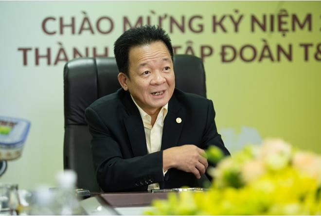 Chuyện 'xem giò' Đoàn Văn Hậu và triết lý kinh doanh dựa trên cái tâm của chủ tịch T&T Group Đỗ Quang Hiển