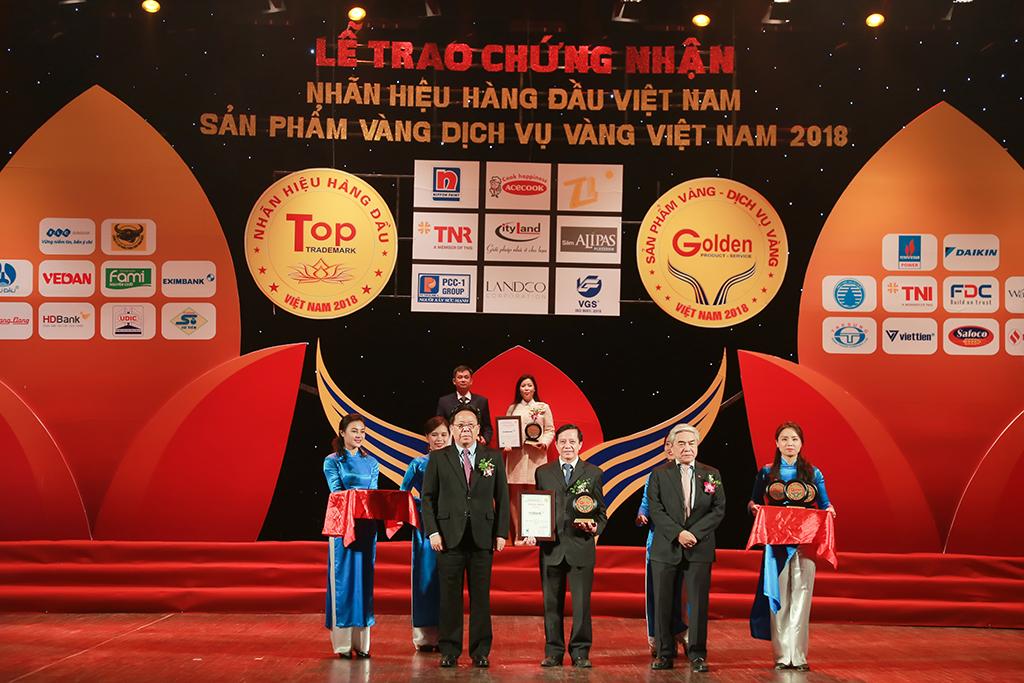 HDBank đạt giải nhãn hiệu hàng đầu Việt Nam năm 2018