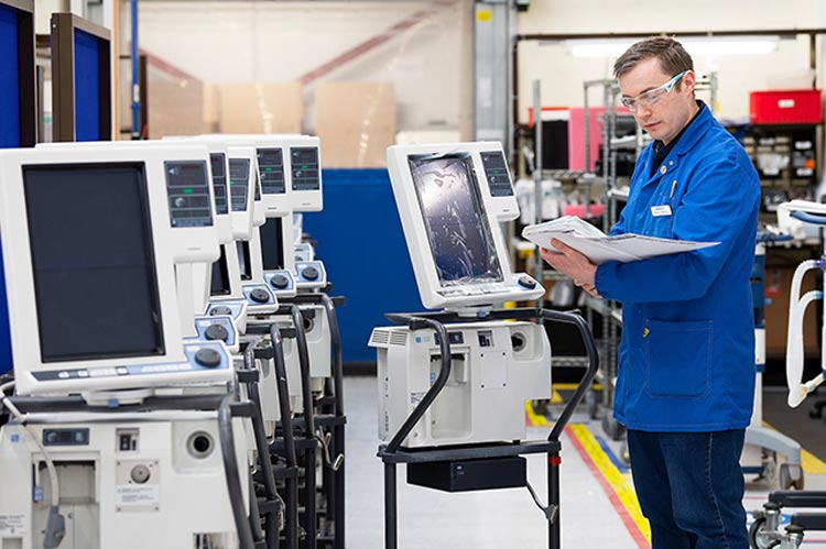 VinGroup sản xuất máy thở và máy đo thân nhiệt